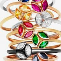 Кольца с разными самоцветами